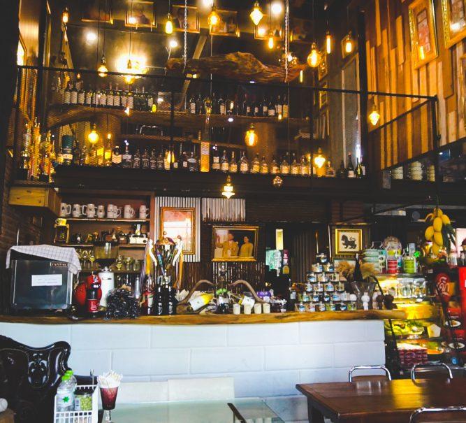 """โดดเด่นด้วยสไตล์ Bistro กับร้านอาหารไทย """"The nine Bistro"""""""